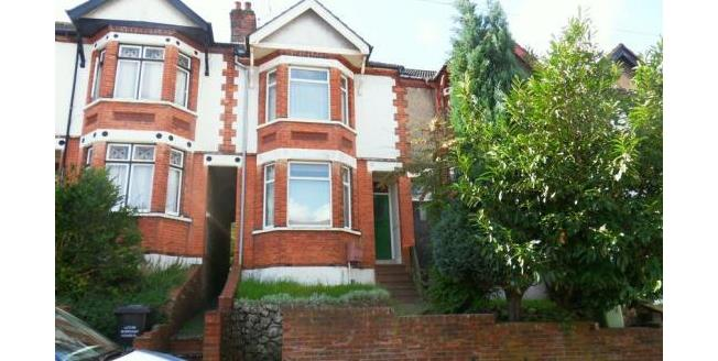 Offers Over £255,000, 3 Bedroom Terraced House For Sale in Luton, LU1