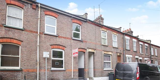 Guide Price £250,000, 3 Bedroom Terraced House For Sale in Luton, LU1