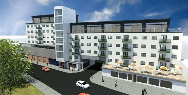 £259,995, 2 Bedroom Flat For Sale in Hemel Hempstead, HP1