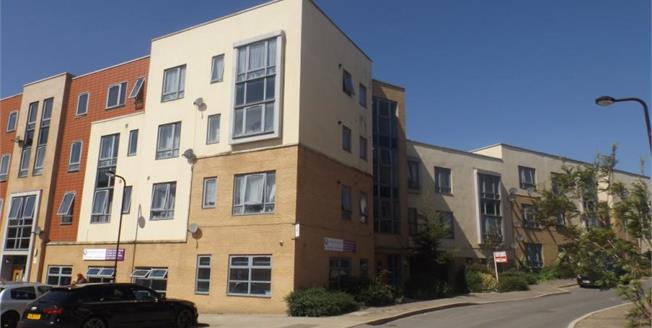 Offers in excess of £175,000, 2 Bedroom Upper Floor Flat For Sale in Ashland, MK6