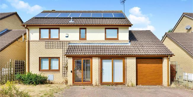 Asking Price £350,000, 4 Bedroom Detached House For Sale in Oldbrook, MK6