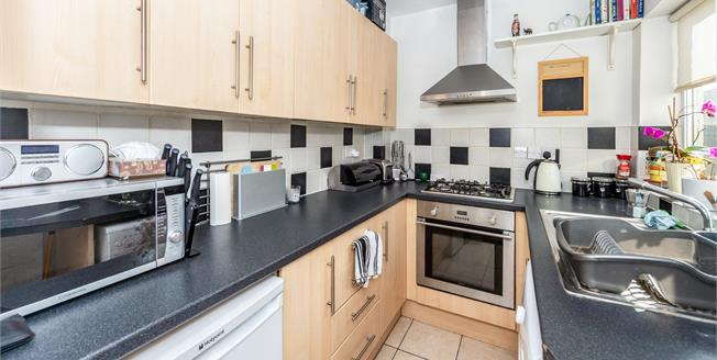 Offers Over £220,000, 2 Bedroom Semi Detached House For Sale in Leighton Buzzard, LU7
