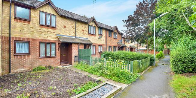 Offers in excess of £170,000, 1 Bedroom Terraced House For Sale in Newport Pagnell, MK16