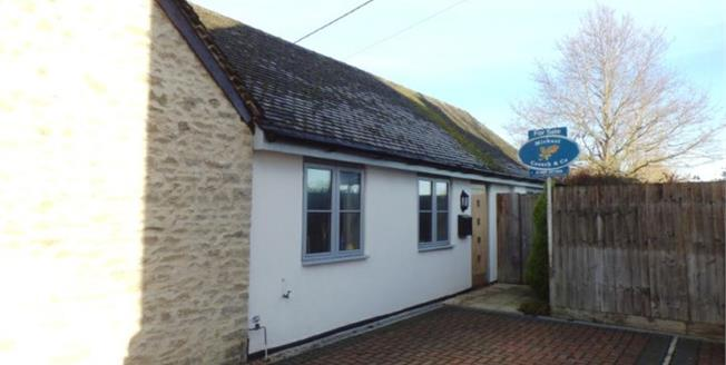 Offers Over £265,000, 2 Bedroom Semi Detached Bungalow For Sale in Fringford, OX27