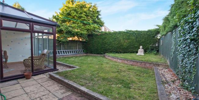 Offers in excess of £310,000, 4 Bedroom House For Sale in Oldland Common, BS30