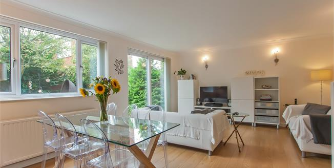 Asking Price £325,000, 3 Bedroom Detached House For Sale in Bristol, BS16