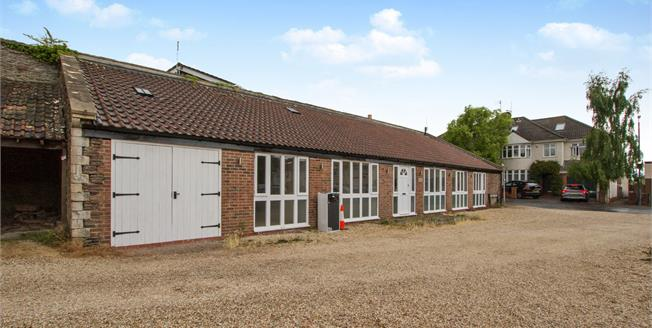 Guide Price £349,950, 3 Bedroom Detached House For Sale in Downend, BS16