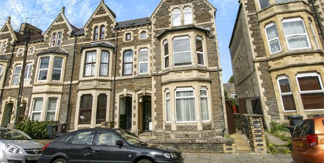 Guide Price £100,000, 1 Bedroom Flat For Sale in Cardiff, CF24