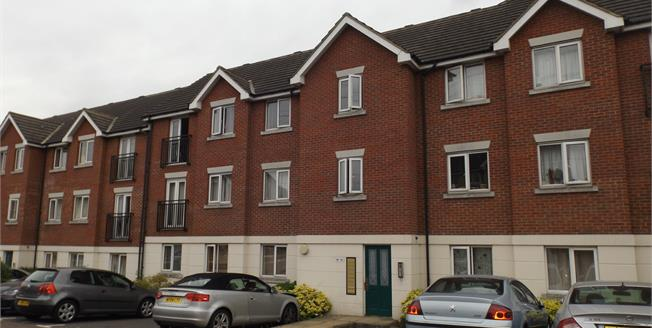 Offers in excess of £220,000, 2 Bedroom Flat For Sale in Chafford Hundred, RM16