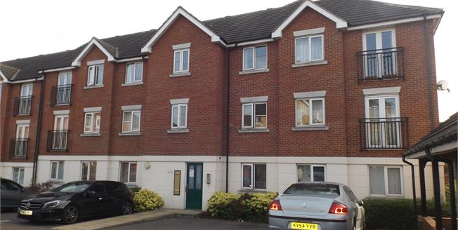 Asking Price £220,000, 2 Bedroom Flat For Sale in Chafford Hundred, RM16