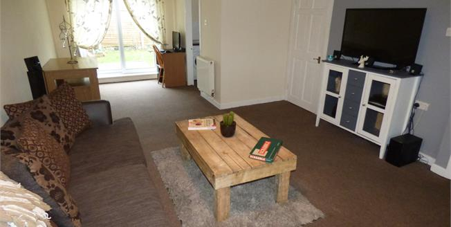 Asking Price £85,000, 3 Bedroom Semi Detached House For Sale in Worsley, M28