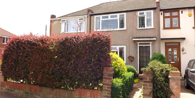Guide Price £350,000, 3 Bedroom Terraced House For Sale in Hornchurch, RM12