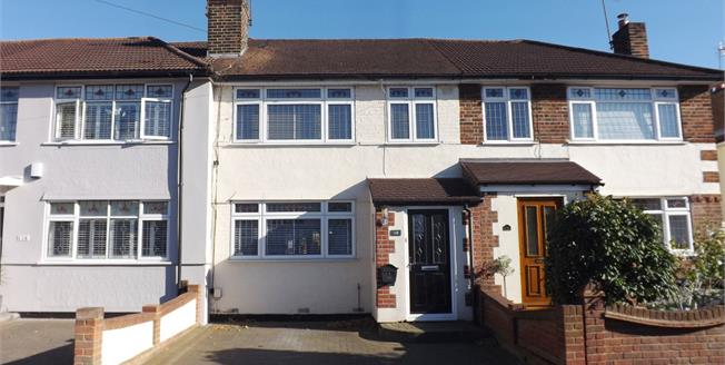 Asking Price £400,000, 3 Bedroom Terraced House For Sale in Hornchurch, RM12