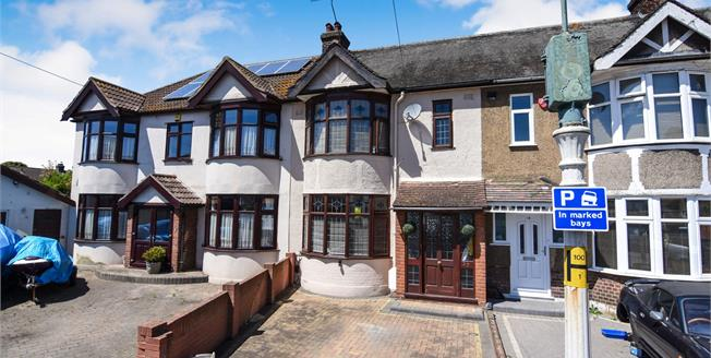 Guide Price £350,000, 3 Bedroom Terraced House For Sale in Rainham, RM13