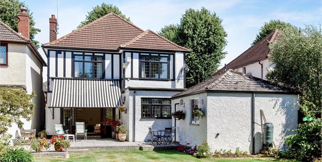Offers Over £875,000, 4 Bedroom Detached House For Sale in Romford, RM2