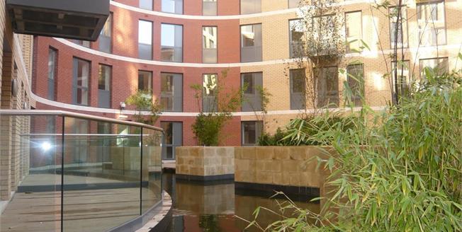 Asking Price £145,000, 1 Bedroom Flat For Sale in Birmingham, B5
