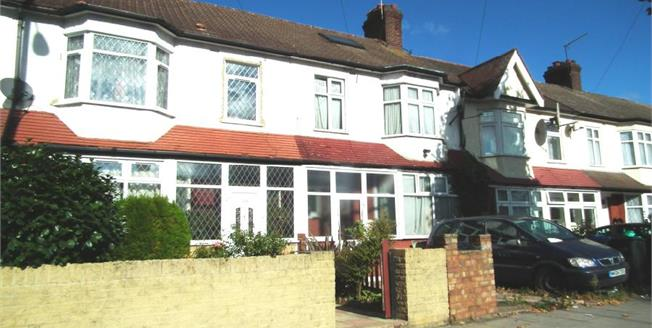 Asking Price £450,000, 4 Bedroom Terraced House For Sale in Enfield, EN1