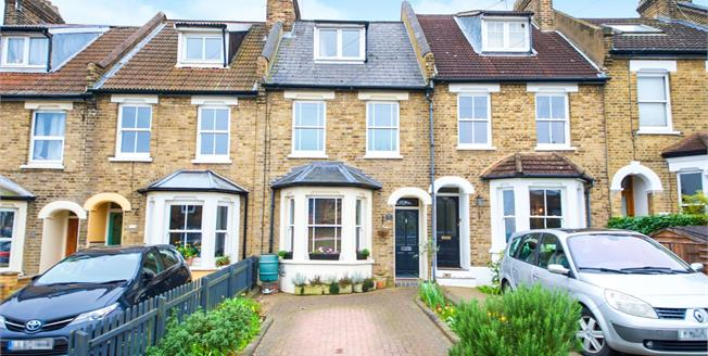 Asking Price £625,000, 3 Bedroom Terraced House For Sale in Enfield, EN2