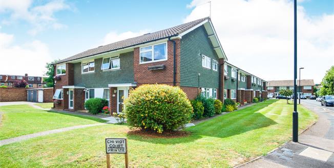 Offers in the region of £350,000, 2 Bedroom Maisonette For Sale in Enfield, EN1