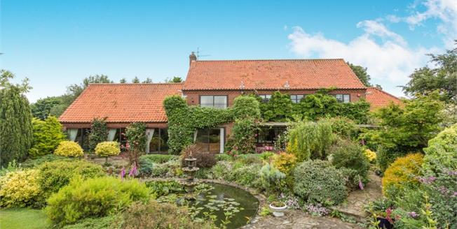 Asking Price £1,400,000, 4 Bedroom Detached House For Sale in Thornham, PE36