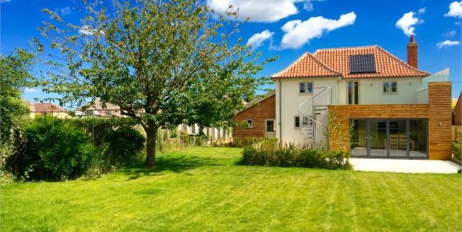 Guide Price £650,000, 4 Bedroom Detached House For Sale in Burnham Market, PE31