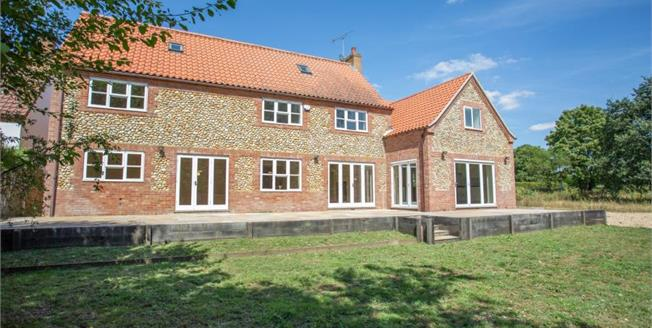 £575,000, 6 Bedroom Detached House For Sale in Litcham, PE32