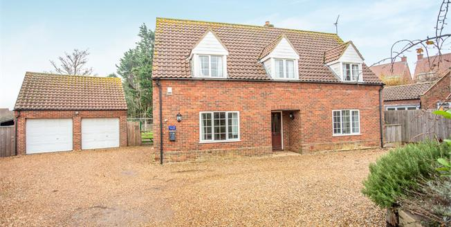Guide Price £795,000, 5 Bedroom Detached House For Sale in Old Hunstanton, PE36