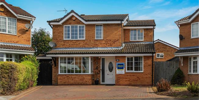 Offers in excess of £550,000, 5 Bedroom Detached House For Sale in Cambridge, CB1