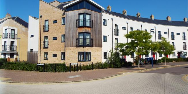 Guide Price £304,995, 2 Bedroom Flat For Sale in Cambridge, CB4