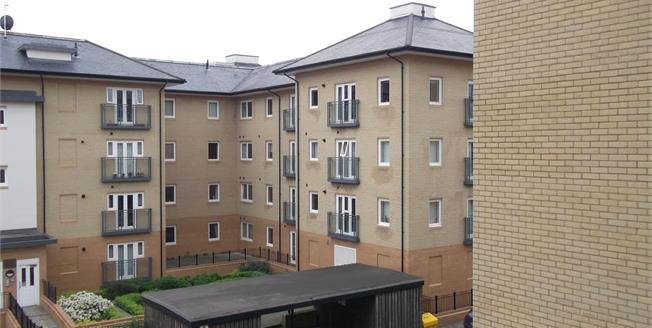 Guide Price £450,000, 3 Bedroom Flat For Sale in Cambridge, CB1