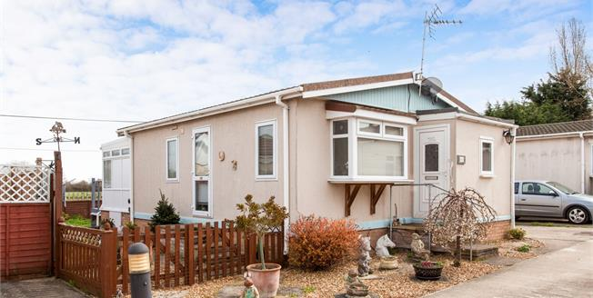 Asking Price £115,000, 1 Bedroom Mobile Home For Sale in Longstanton, CB24