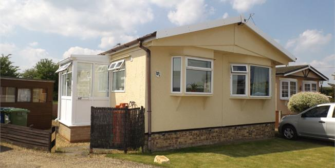Offers in excess of £65,000, 1 Bedroom Mobile Home For Sale in Longstanton, CB24