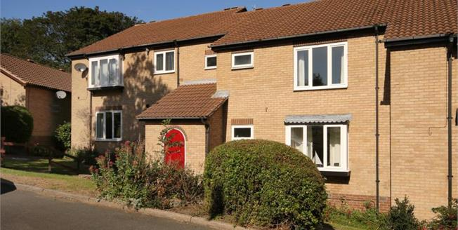 Guide Price £180,000, 2 Bedroom Flat For Sale in Sheffield, S11