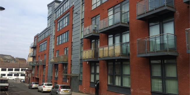 Offers Over £90,000, 1 Bedroom Upper Floor Flat For Sale in Sheffield, S1