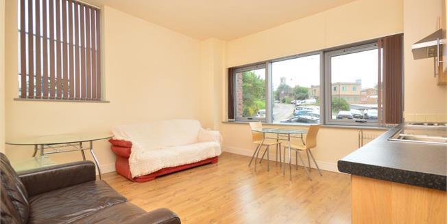 £95,000, 1 Bedroom Upper Floor Flat For Sale in Sheffield, S3