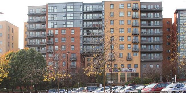 £184,950, 2 Bedroom Upper Floor Flat For Sale in Sheffield, S1