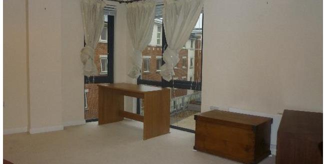Guide Price £104,000, 1 Bedroom Upper Floor Flat For Sale in Sheffield, S1
