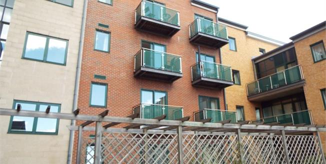 £125,000, 1 Bedroom Upper Floor Flat For Sale in Sheffield, S11