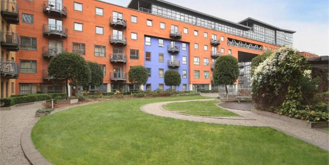 £120,000, 1 Bedroom Flat For Sale in Sheffield, S3
