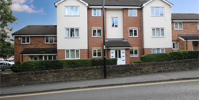 Guide Price £95,000, 2 Bedroom Upper Floor Flat For Sale in Chapeltown, S35