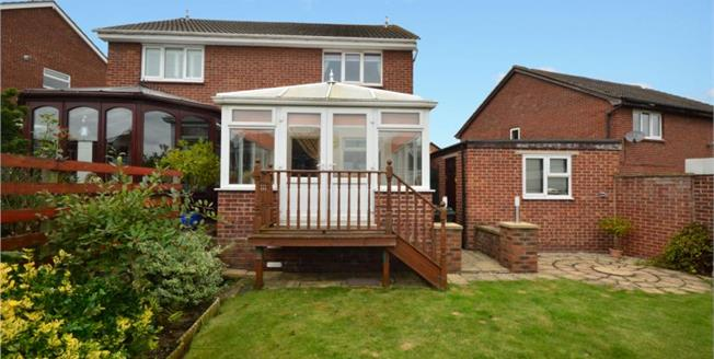 Guide Price £150,000, 2 Bedroom Semi Detached House For Sale in Thorpe Hesley, S61
