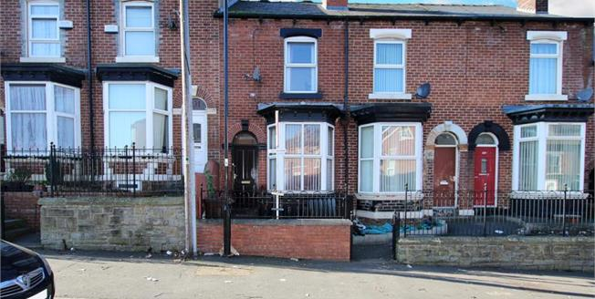 Guide Price £75,000, 3 Bedroom Terraced House For Sale in Sheffield, S3