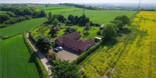 Guide Price £515,000, 3 Bedroom Detached Bungalow For Sale in Clowne, S43