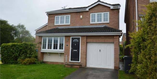 £219,000, 4 Bedroom Detached House For Sale in Mastin Moor, S43