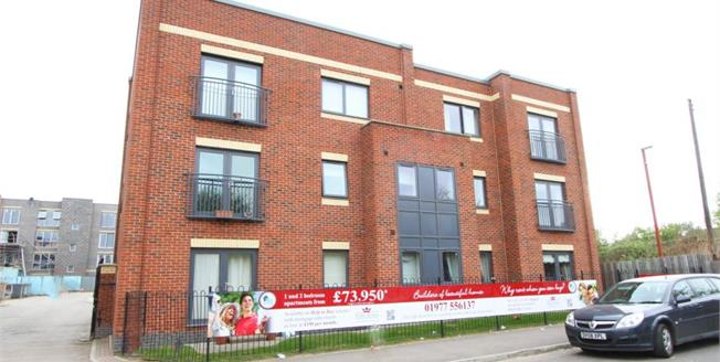 Guide Price £65,000, 2 Bedroom Upper Floor Flat For Sale in Sheffield, S9