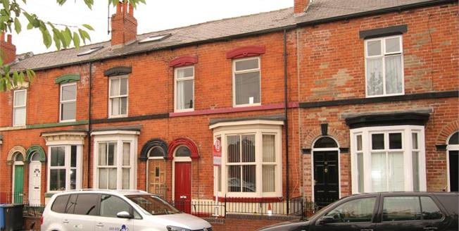 £120,000, 3 Bedroom Terraced House For Sale in Sheffield, S2