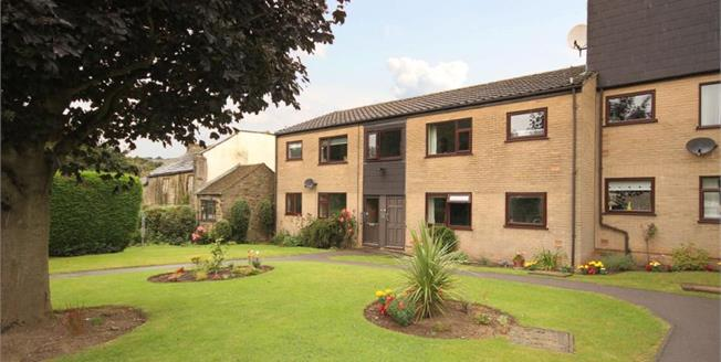Guide Price £135,000, 2 Bedroom Upper Floor Flat For Sale in Sheffield, S8