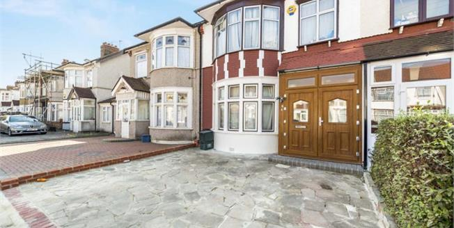 Guide Price £500,000, 3 Bedroom Terraced House For Sale in Ilford, IG3