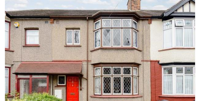Guide Price £450,000, 3 Bedroom Terraced House For Sale in Ilford, IG1