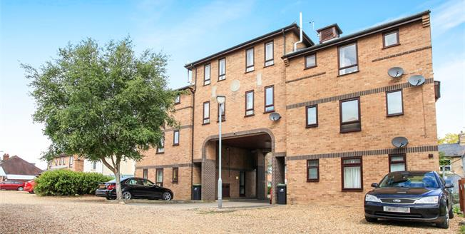 Offers Over £95,000, 1 Bedroom Flat For Sale in Soham, CB7